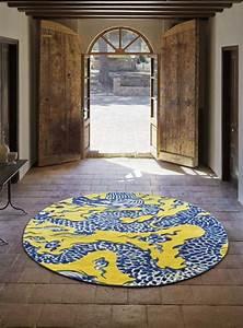 Tapis Jaune Et Bleu : osez le tapis rond pour un int rieur tr s la mode ~ Dailycaller-alerts.com Idées de Décoration