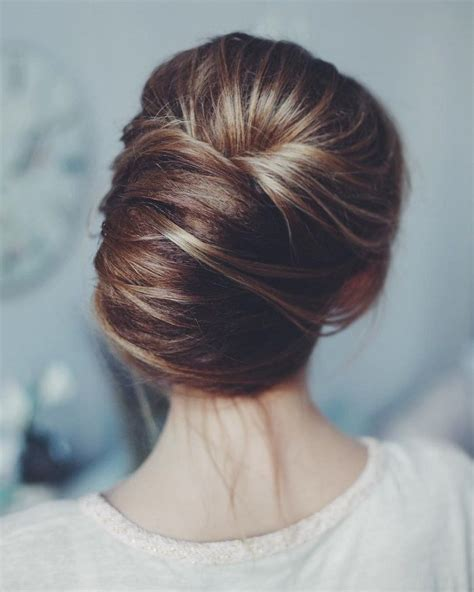 messy wedding hair updos   gorgeous rustic country