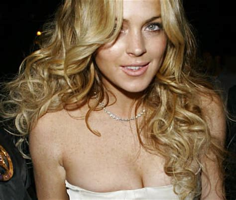 lindsay lohan cleavage   hair