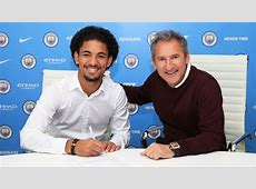 Official Manchester City announce the signing of Douglas Luiz
