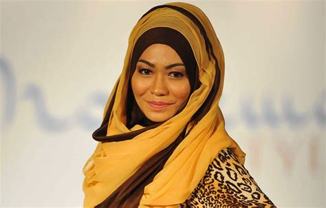 abercrombie fitch   hijab   supreme court