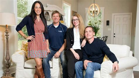 fixer upper carpenter clint harp stars   diy series