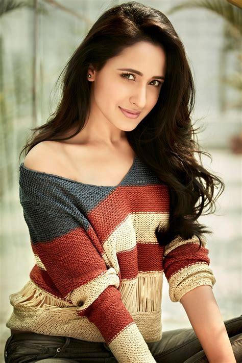 Miss Fresh Face Pragya Jaiswal Profile and Images