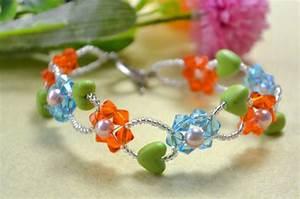 Comment Faire Un Bracelet En Perle : perles accesoires comment faire un bracelet de fleur avec perles en verre color es la maison ~ Melissatoandfro.com Idées de Décoration