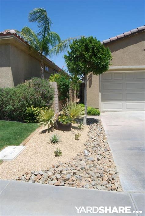 Backyard Desert Landscape Designs by 436 Best Desert Landscaping Ideas Images On