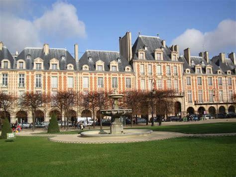 maison de victor hugo place des vosges mus 233 e victor hugo top museums in world top top