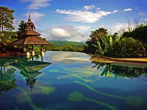 beautiful infinity pools  pics
