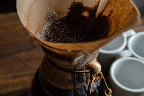 The best blade, burr, and manual coffee grinders you can buy. Top 5 Chemex Coffee Grinders In 2021 | Crazy Coffee Crave