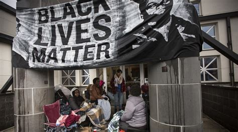 walmart banned confederate flags  selling black lives