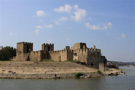 Smederevo fortress and the damned despotess - Serbia.com