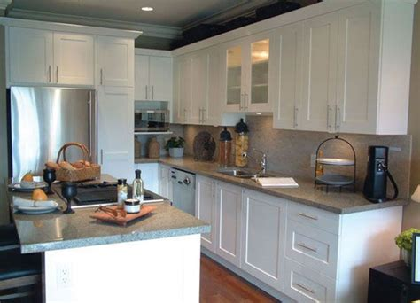 modern kitchens cabinets 17 best images about kitchens on countertops 4230