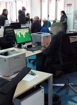 Ufficio Anagrafe Siracusa Dipendente Gioca Al Solitario Avviata La Procedura