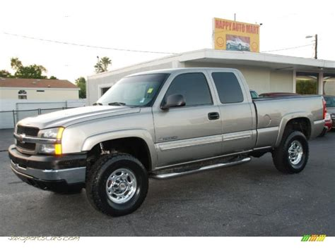 Chevrolet Silverado 81 2002  Auto Images And Specification