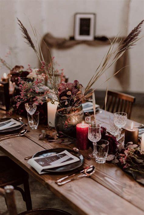 burgundy  black fall wedding inspiration  papiermuehle