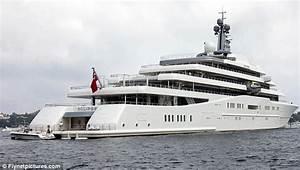 Roman Abramovich39s 1bn Yacht Can39t Dock Because Saudi