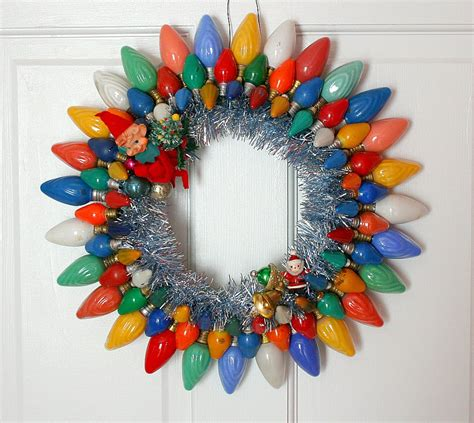 light bulb christmas wreath xmasblor