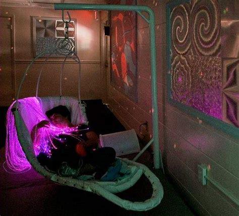 autistic children  adults find calm   snoezelen room