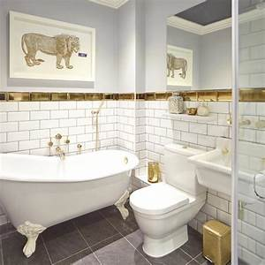 Be inspired by this brilliant bathroom transformation for Bathroom in middle of house