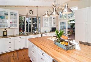 26 Gorgeous White Country Kitchens (Pictures) - Designing Idea