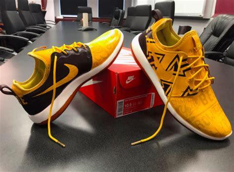 Row The Boat Minnesota Logo by Photos P J Fleck S Custom Spring Game Sneakers Are All