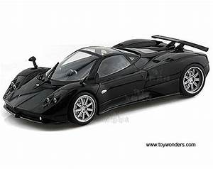Pagani Zonda F Hard Top W   Sunroof 79159bk 1  18 Scale