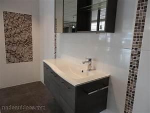 Carrelage Noir Salle De Bain : deco salle de bain carrelage noir et blanc peinture ~ Dailycaller-alerts.com Idées de Décoration