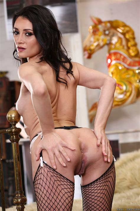 Seductive Brunette Is Getting Her Ass Fucked Photos