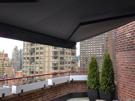 retractable awnings  breslow home design images  pinterest retractable awning