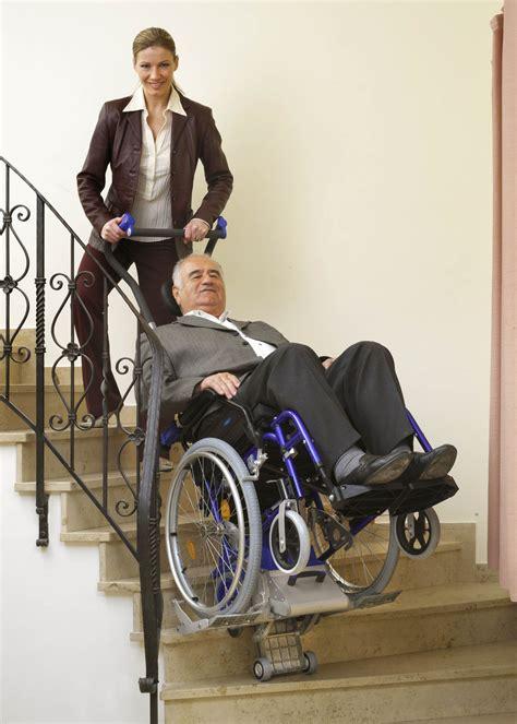 table rabattable cuisine fauteuil roulant monte escalier