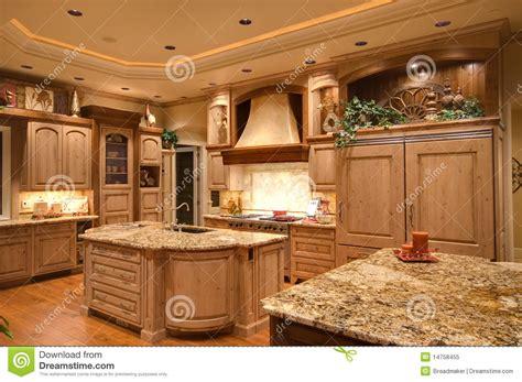 cuisine luxueuse cuisine image stock image du décoration robinet