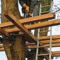 Comment Faire Une Cabane Dans Les Arbres : b tir soi m me une cabane perch e pour 500 ~ Melissatoandfro.com Idées de Décoration