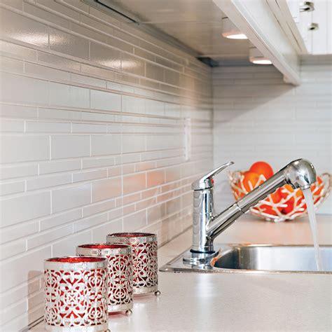 dosseret cuisine comment poser un dosseret imitation de céramique dans la