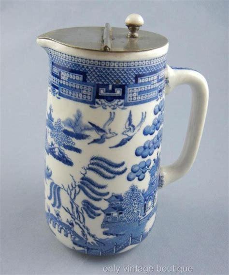 milk pitcher 1259 blue vintage wedgwood etruria blue willow syrup milk