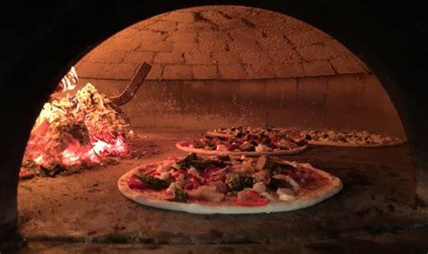 cuisine az pizza pomo a pizza pow az food and wine