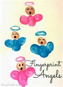Kids Christmas Crafts with Fingerprints