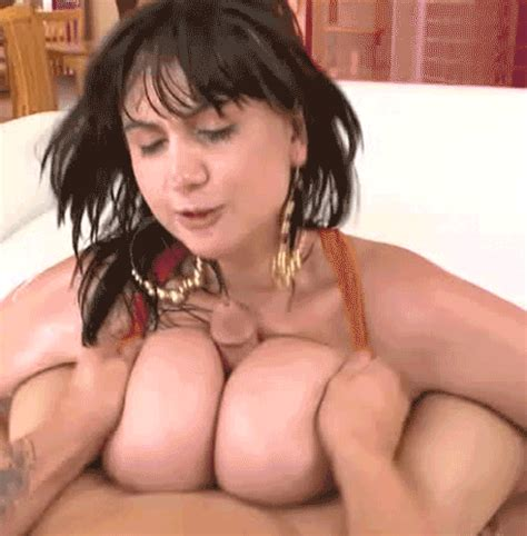 Beverly Paige Titfucker123
