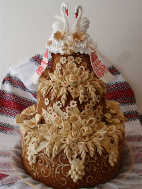 traditional wedding cakes   cultures