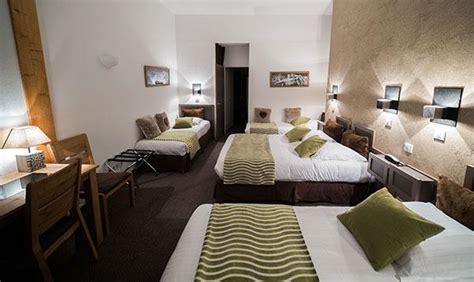chambre familiale disneyland hotel hôtel chambéry hôtel 3 étoiles savoie chambéry centre