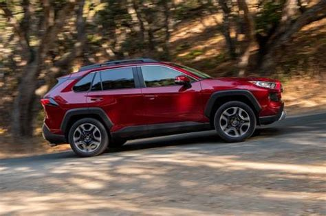 toyota rav pricing features ratings  reviews