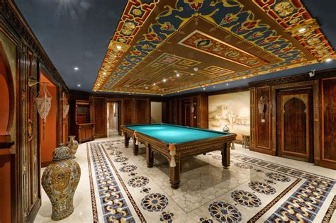million  square foot mega mansion  moscow russia homes   rich