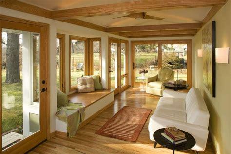 canape veranda aménagement véranda moderne vitrée 37 idées