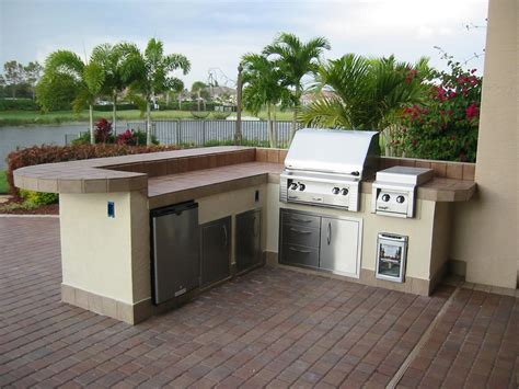 ideas for outdoor kitchens 35 ideas about prefab outdoor kitchen kits theydesign