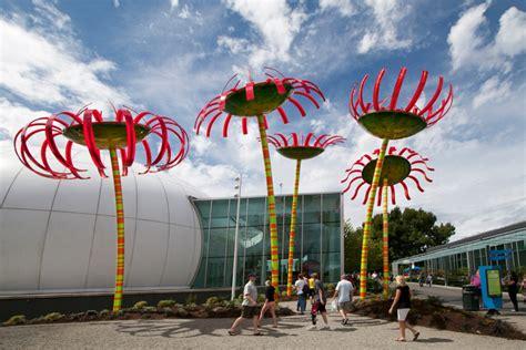 seattles renewable flower power solar powered flower