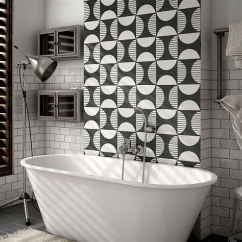 carreau salle de bain le carrelage imitation carreaux de ciment dans la salle de bain id 233 e d 233 co salle de bain