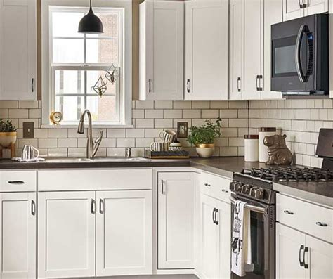stock kitchens diamond   lowes images