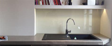 cuisine en verre crédence en verre laqué pour votre cuisine verre laque com