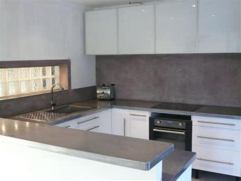 cr馥r un plan de travail cuisine beton cire pour plan de travail maison design bahbe com