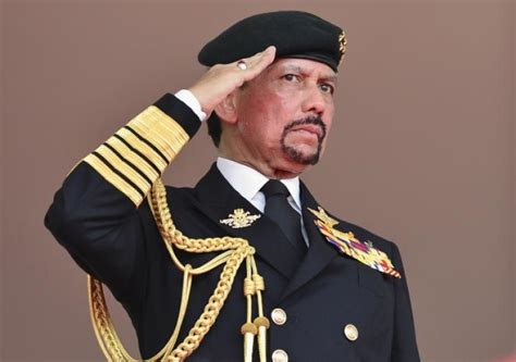 sultan hassanal sultan of brunei threatens his citizens following online