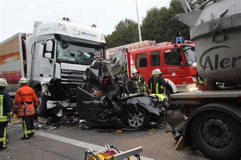 nuertinger zeitung toedlicher unfall auf autobahn