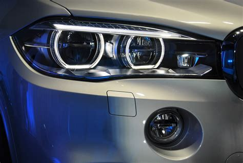 Bmw Led Headlights by Bmw X5 Xdrive40e Hybrid Charges Into Malaysia Autoworld